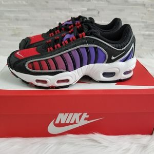 New NIKE Air Max Tailwind IV womens Sneakers